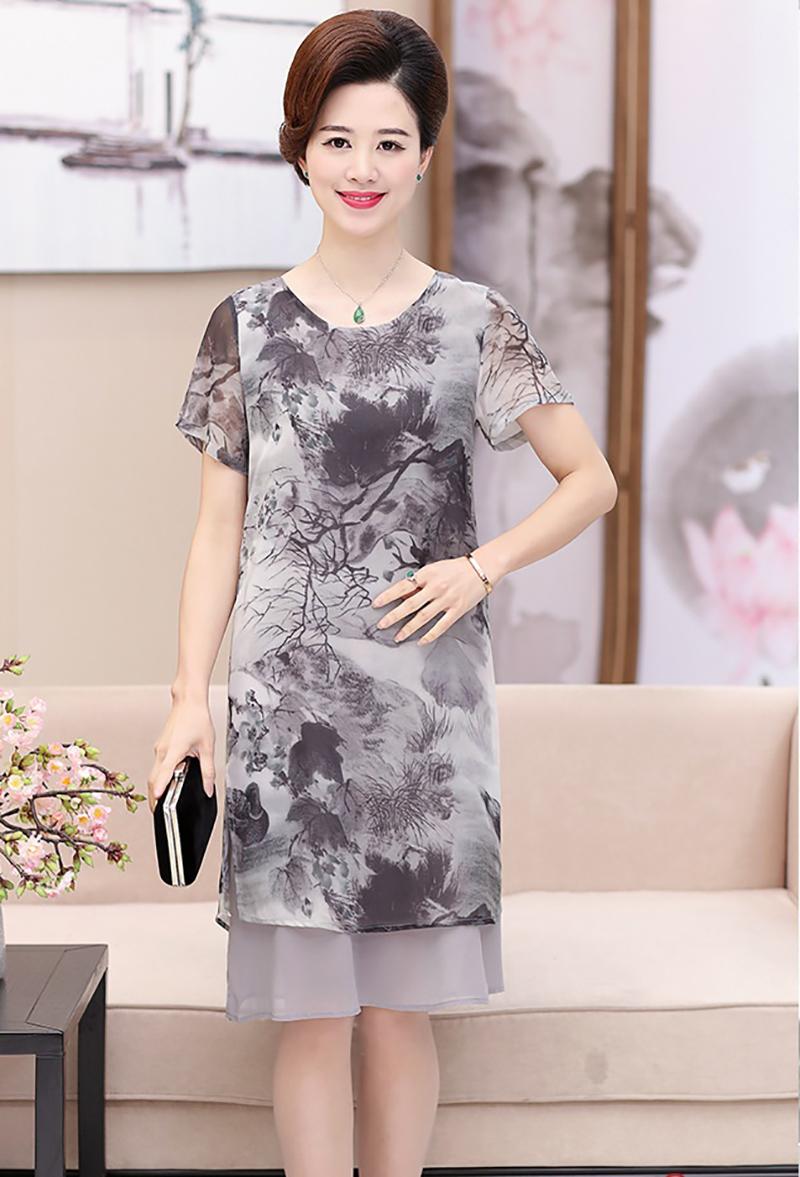 xu hướng thiết kế váy đầm cho tuổi trung niên 2