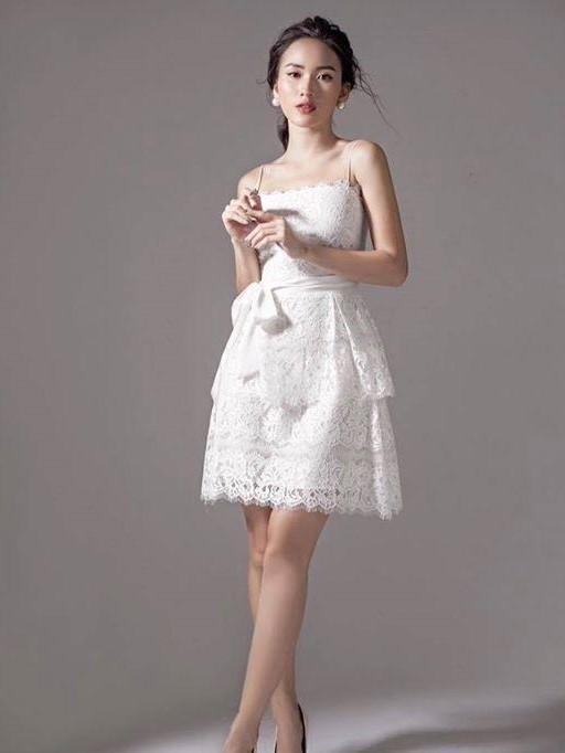 Tuyển chọn mẫu đầm xòe công sở 2 tầng màu trắng đẹp nhất 2019