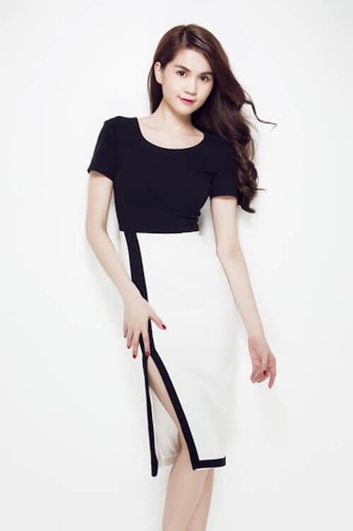 Đầm body xẻ tà đen trắng ngọc trinh