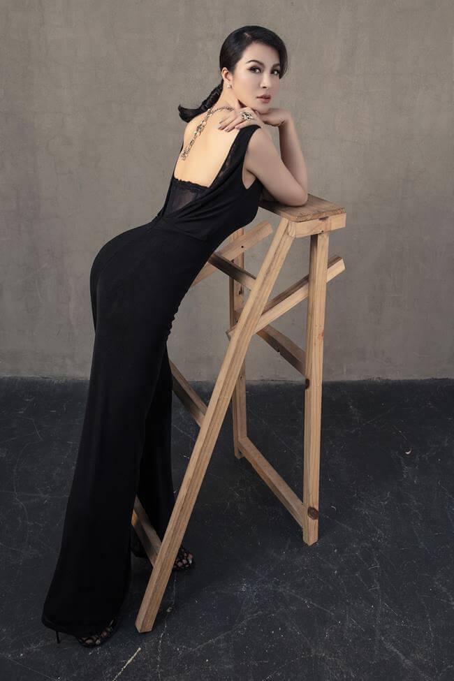 gu thời trang chuẩn giúp MC Thanh Mai luôn xinh đẹp
